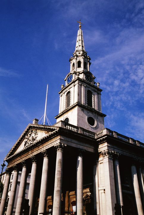 London Clocktower pointing to blue sky
