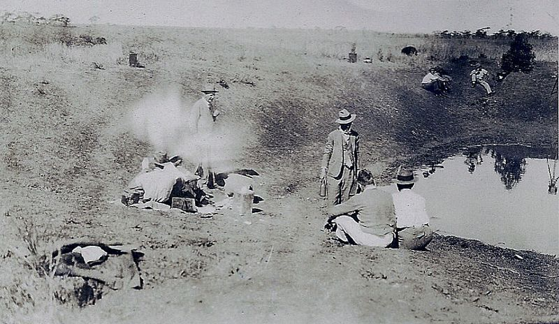 australian soldiers resting during the great emu war