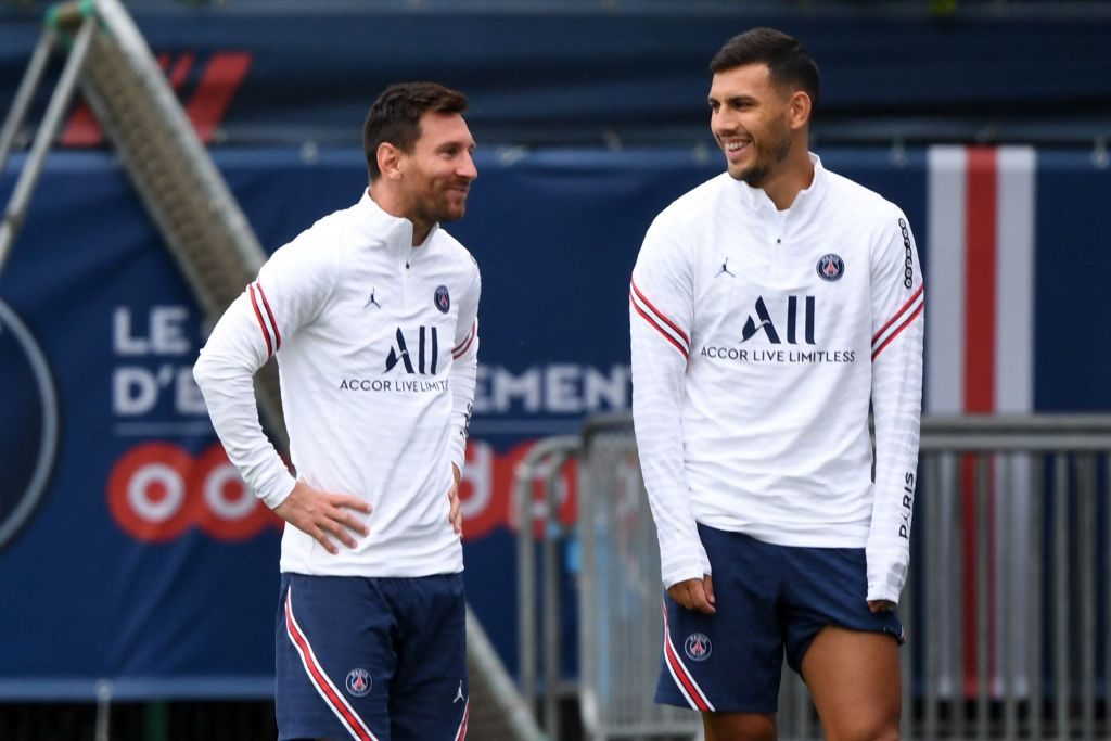 messi and leandro paredse