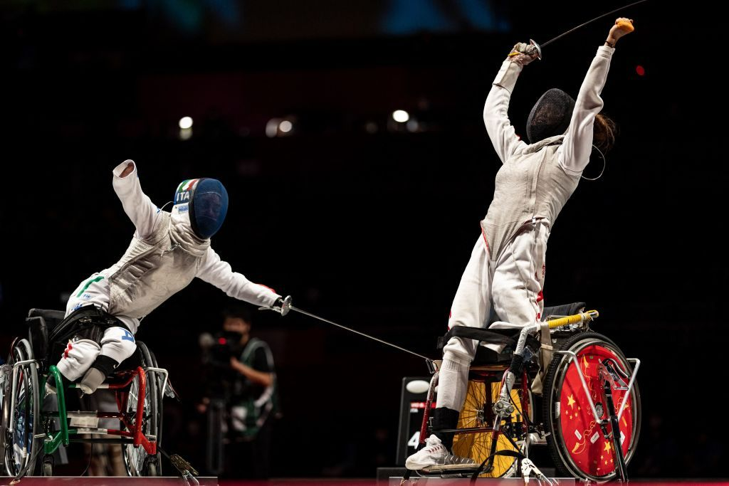topshot fencing tokyo paralympics