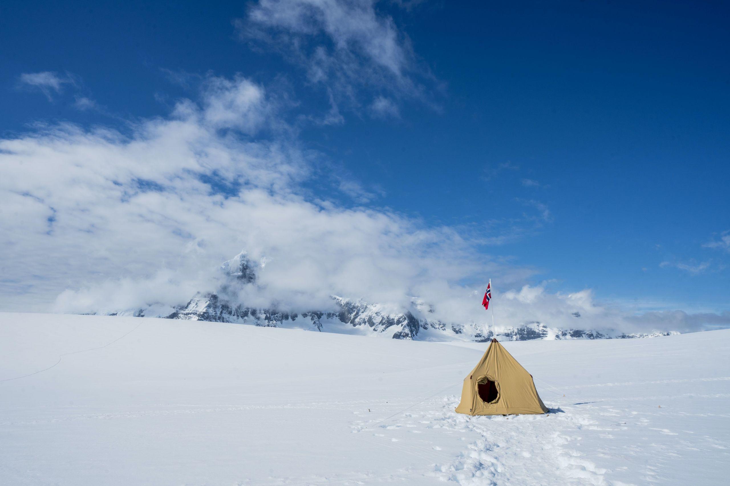 tent set up in antarctica